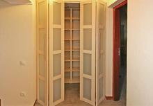 Шкаф дверь гармошка